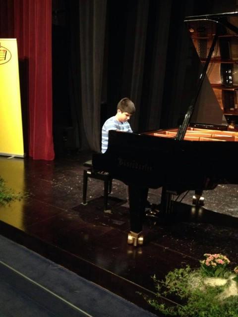 Mate Griparić osvojio 2. nagradu na 8. Međunarodnom natjecanju mladih pijanista u A kategoriji