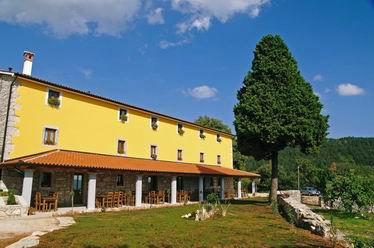 Sajam istarskih autohtonih proizvoda i vina u Villi Calussovo