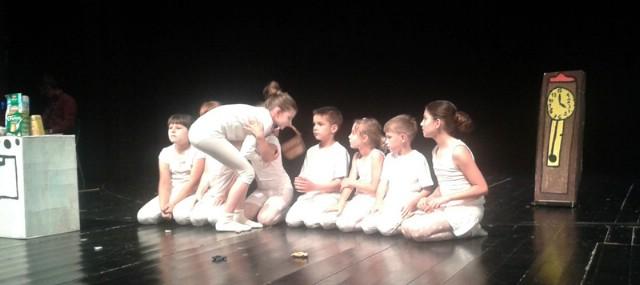 Vuk i sedam kozlića Osnovne škole Vladimir Nazor Potpićan najbolja predstava na 13. Susretu kazališnih amaterskih grupa Istre