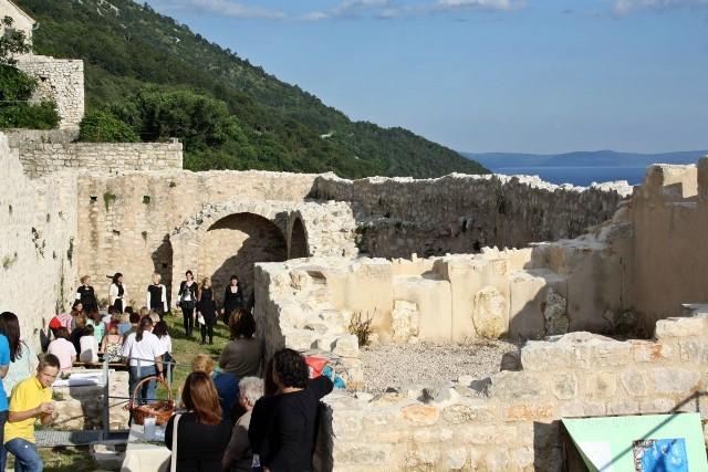 Zvončić u Plomin dozvao mnoštvo posjetitelja
