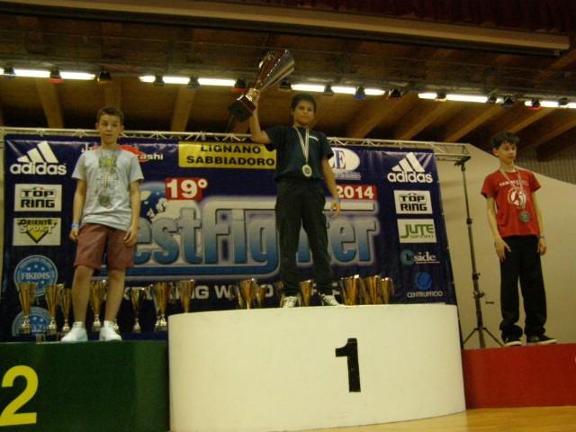 Filip Grbić dvostruki prvak svjetskog kupa  u kickboxingu održanom u Lignanu