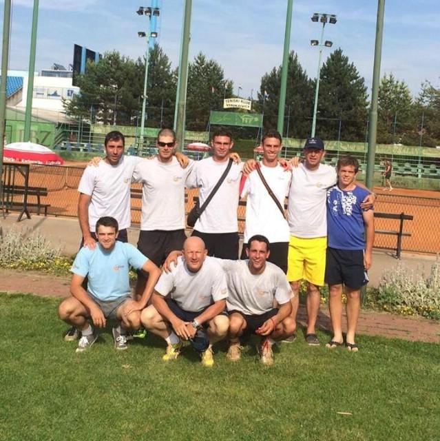 Tenisači Rapca su novom pobjedom kolo prije kraja osigurali plasman u najviši rang hrvatskog tenisa!!!