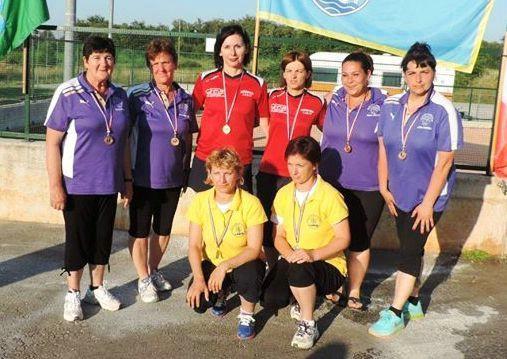 Tanja Grubiša i Anika Ujčić iz BK Labin osvojile naslov prvakinja Istre u parovima na županijskom prvenstvu za boćarice