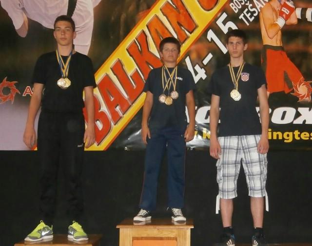 Labinjanima 8 medalja na Otvorenom prvenstvu Balkana u kickboxingu održanom u Tešnju