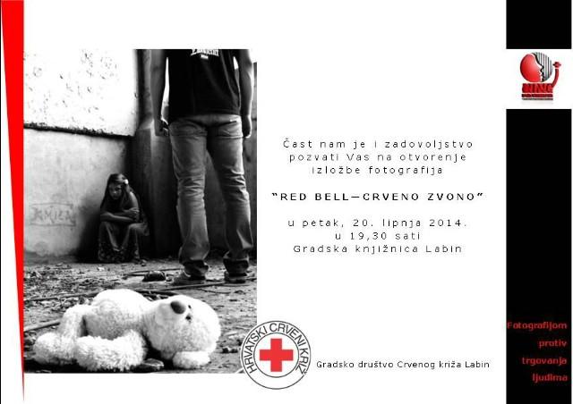 Izložba fotografija `RED BELL - Crveno zvono` Hrvatskog crvenog križa u petak 20. 6. 2014. u Gradskoj knjižnici Labin