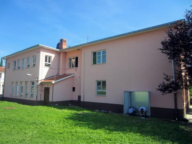 IRENA započela s ugradnjom fotonaponske elektrane na krovu OŠ Ivana Gorana Kovačića u Čepiću