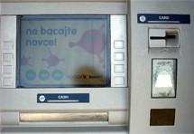 Puljani prijavljuju krađu novca s računa Raiffeisen banke