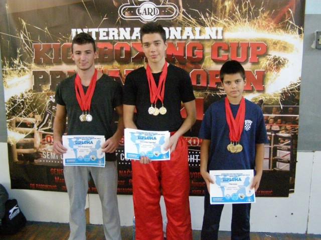 """Labinjani osvojili 10 odličja na Internacionalnom kickboxing natjecanju   """"Prnjavor open 2014"""