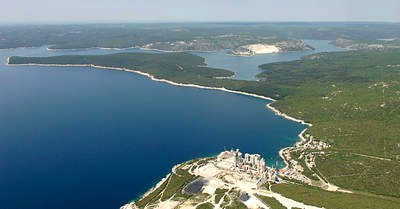 Jakovčić zatražio je da se još jednom u razmatranje za LNG terminal uzme i lokacija na području Plomina
