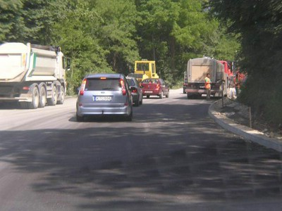 Novi asfaltni tepih stigao do Potpićna