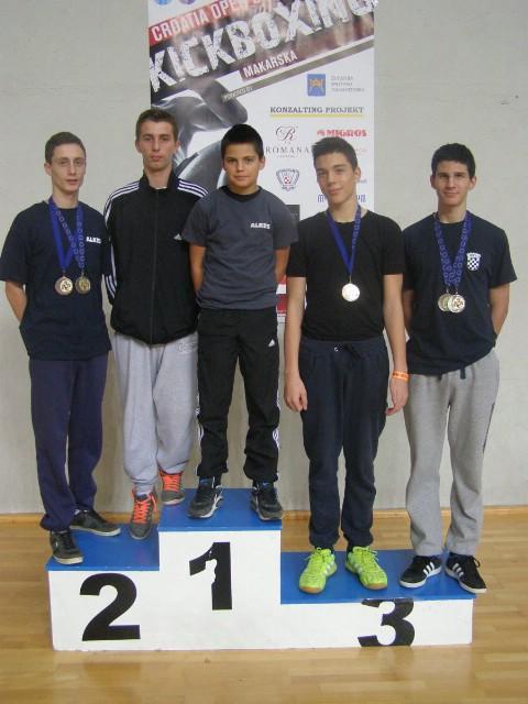 Na Otvorenom prvenstvu RH u kickboxingu u Makarskoj, Labinjani osvojili pet medalja