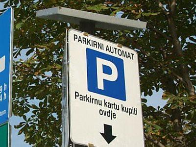 Inicijativa `Ne naplati parkinga u Labinu`: Prikupljanje potpisa 17. 1. 2015. od 14 do 17 sati