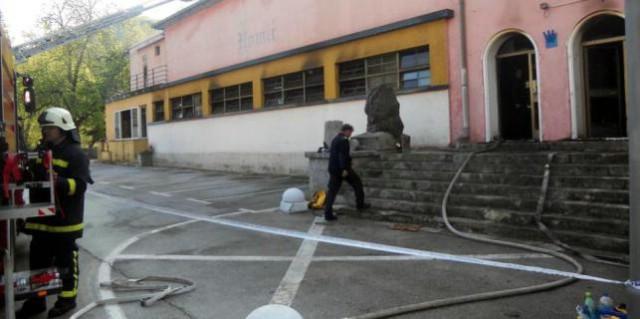 Dragan Bjekić Baćko nepravomoćno oslobođen krivnje za požar u kino dvorani u Raši