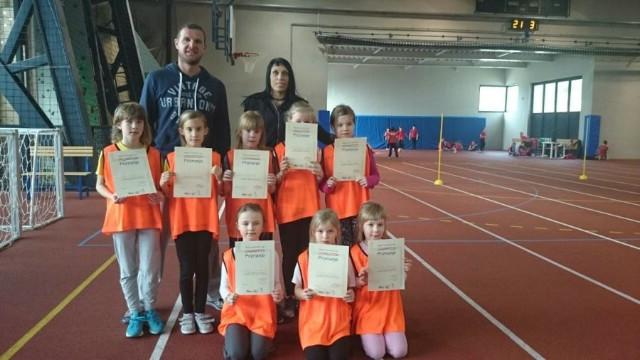 Ivana Knapić 800 m druga na 800 m na PH za kadetkinje u Puli, Limači i Cicibani AK Albone u 2. kolu dječje Kvarnerske lige u Rijeci