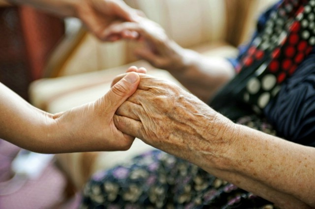 Posjete domovima starijih
