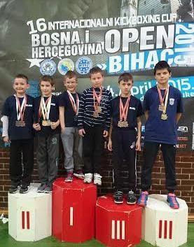 Marin Bašić  i  Filip Grbić prvaci Međunarodnog kickboxing otvorenog prvenstva  Bosne i Hercegovine. Labinjani osvojili 12 odličja