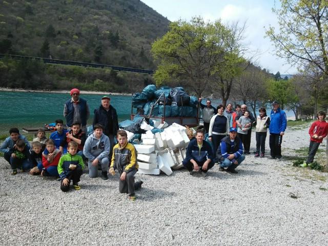 Ribolovci Plomina održali godišnju skupštinu i očistili Copacabanu