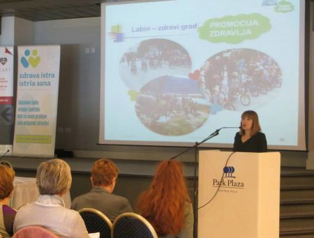 "4. županijska konferencija ""Živjeti zdravo"" i javnozdravstvena manifestacija – pješačenje ""Hoditi i zdravi biti"""