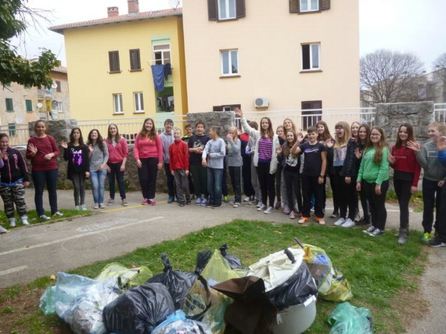 "OŠ ""Ivo Lola Ribar"" sudjelovala u akciji `World Cleanup Day 2015 – Let''s do it Croatia!`"