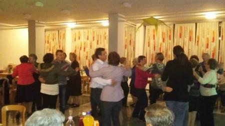 Održana plesna večer za osobe starije životne dobi