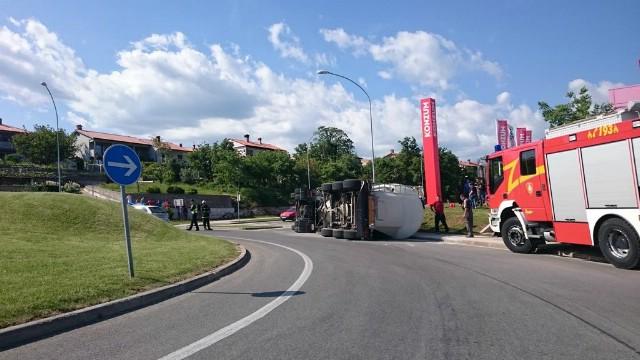 U Labinu se prevrnuo kamion cisterna