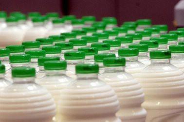Od 1. rujna ukida se povratna naknada za ambalažu mlijeka