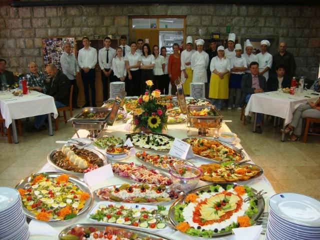 Održan praktični dio završnog ispita za kuhare i konobare u labinskoj Srednjoj školi