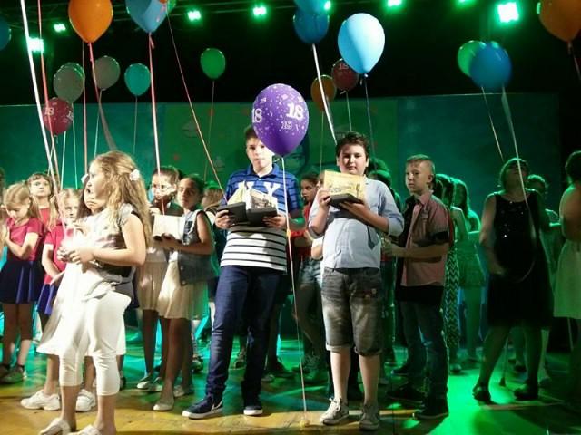"Tri mala pjevača iz Labina nagrađena na ""Malom velikom mikrofonu"""