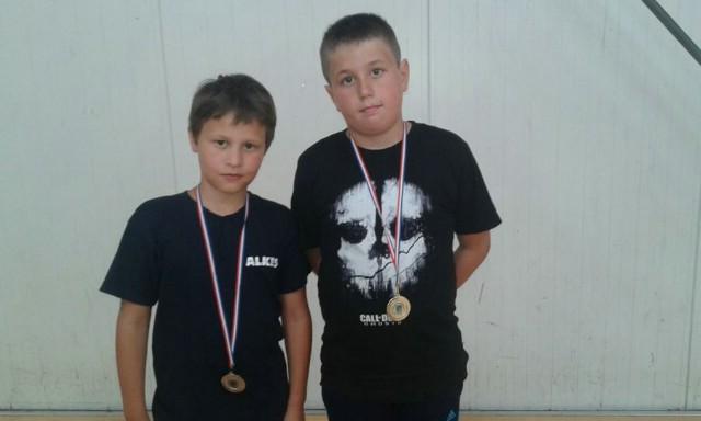 Na Otvorenom kupu u kickboxingu  `Benkovac open 2015.`  u pointfightingu Labinjanima 11 odličja