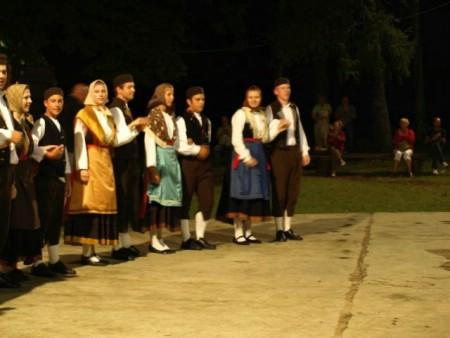 47. smotra istarske narodne svirke pjesme i plesa labinštine - Labinske konti 25. 7. 2015. na Dubrovi