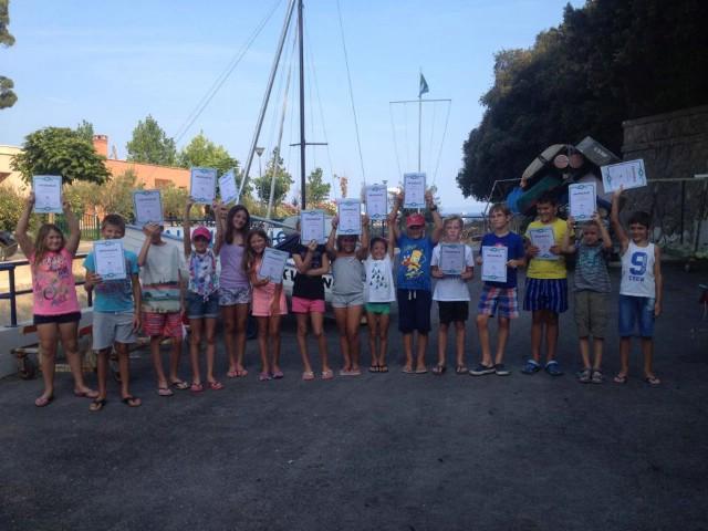 Podjelom priznanja završio drugi termin ovogodišnje škole jedrenja u Rapcu
