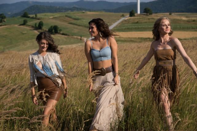 Popularne Učiteljice snimile spot za novi singl, a u srijedu nastupaju u Šumberu!