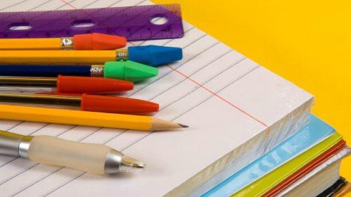 Započinje podjela Potvrda o pravu na nabavku školskog pribora