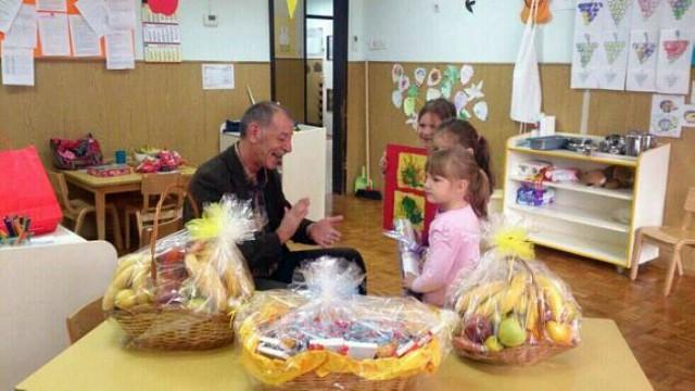 Demetlika, Runko i Paliska Bolterstein družili se s djecom