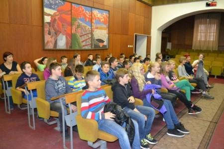 Učenici osnovnih škola posjetili Gradsku upravu Grada Labina