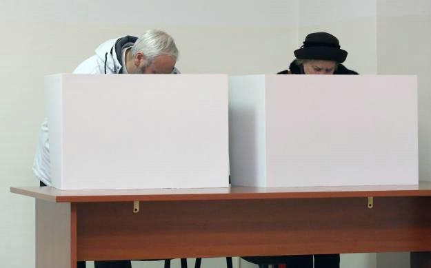 Rok za prijavu glasanja izvan mjesta prebivališta do 28. listopada 2015.