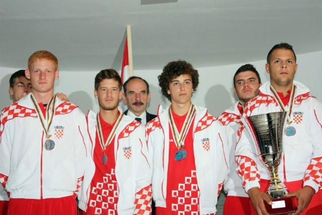 [Fotografije] Svjetsko zlato i srebro dolaze u Rašu - Dilan Mileta viceprvak svijeta u sportskom riblovu štapom s brodice U21