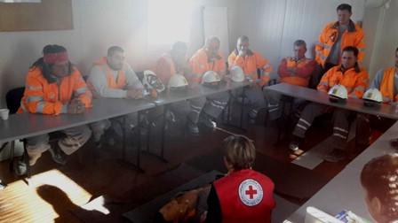 Pokazna vježba prve pomoći u kamenolomu u Šumberu