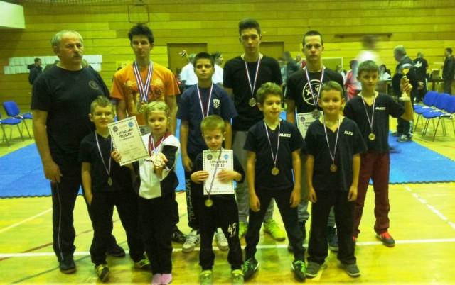Labinjanima 12 medalja na kickboxing natjecanju u Topuskom