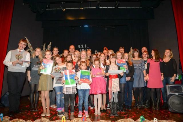 Romina Peti pobjedila u kategoriji srednjih škola na 1. Festivalu mladih pjevačkih talenata `3,2,1...PJEVAJ!`