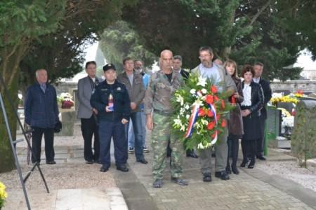 Položen vijenac u povodu obilježavanja Dana sjećanja na žrtve Vukovara