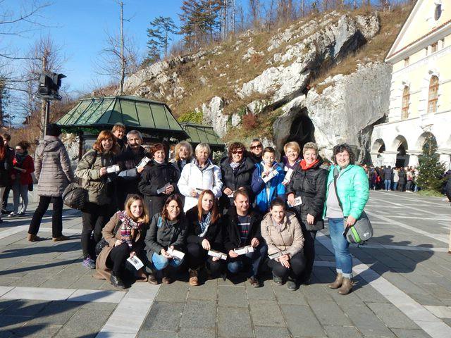 Labinski volonteri Crvenog križa obilježili svoj dan izletom u Ljubljanu i Postojnu