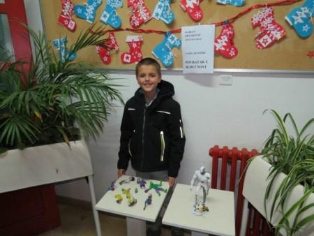 Prva samostalna izložba učenika Dariana Frankovića u Područnoj školi Kature