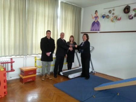 """Mjesni odbor Kature uručio donaciju Centru """"Liče Faraguna"""""""