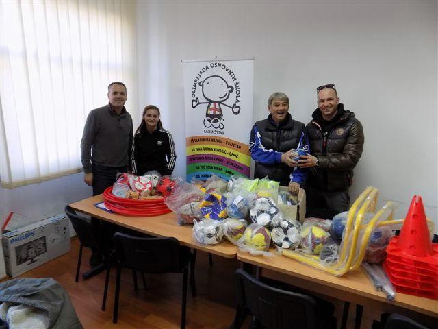 Sportska zajednica Grada Labina donirala sportsku opremu školama Labinštine