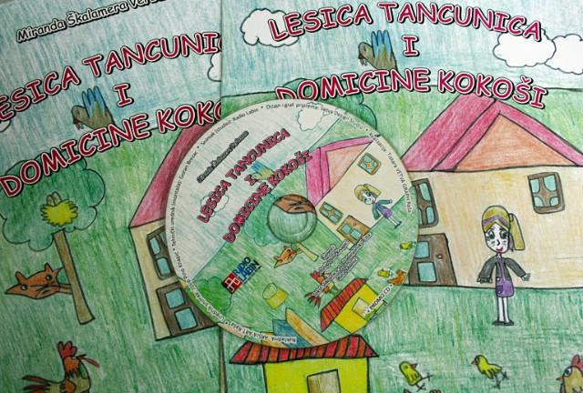 """Sat zavičajnog govora u školi u Vinežu posvećen slikovnici """"Lesica tancunica i Domicine kokoši"""""""