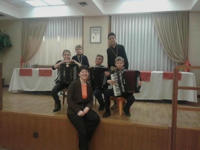Zlato, srebro i bronca za mlade labinske harmonikaše na međunarodnom natjecanju u Sloveniji