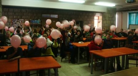 """U SŠ Mate Blažina obilježen Dan ružičastih majica predstavljanjem mobilne aplikacije """"Zaustavimo nasilje u školama"""""""