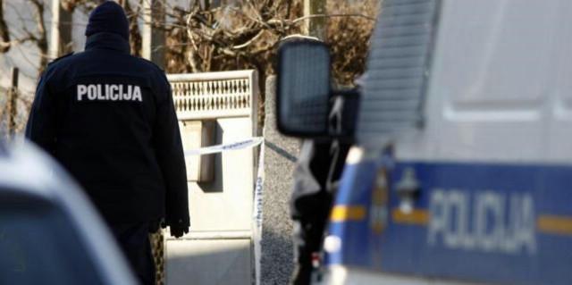 Labin: Žena preminula u stanu, isključena nasilna smrt