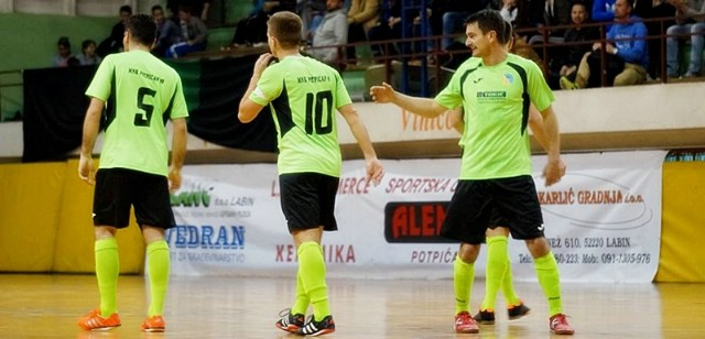 Futsal: POTPIĆAN 98 ADT - ALUMNUS 2:0 (1:0)